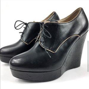 NEW 6 Longchamp Black Lather Wedge Lace Up  Heel